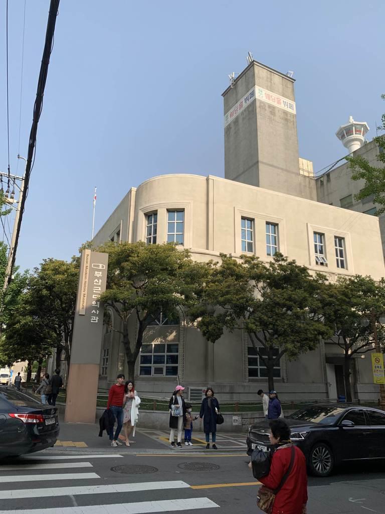 朝鮮人徴用工とは無関係の写真が展示してある釜山近代歴史館(名村隆寛撮影)