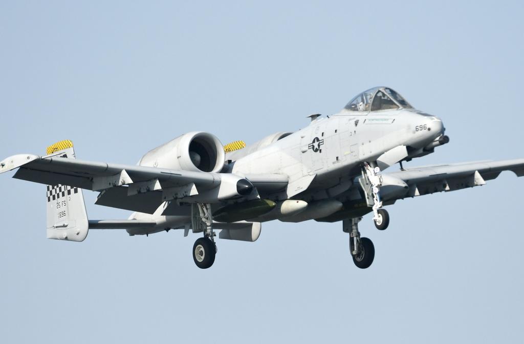 韓国・烏山基地から、フレンドシップデーのため岩国基地へ飛来した在韓米軍のA-10攻撃機(岡田敏彦撮影)