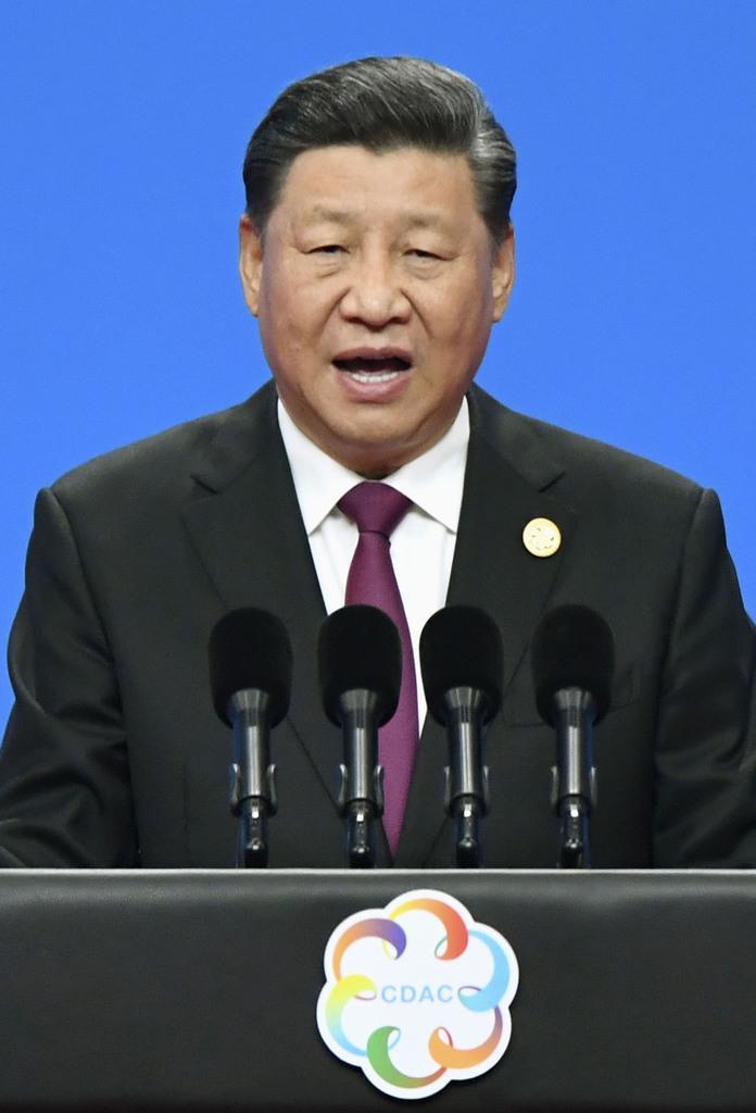 「アジア文明対話大会」の開幕式で演説する中国の習近平国家主席=15日、北京(共同)