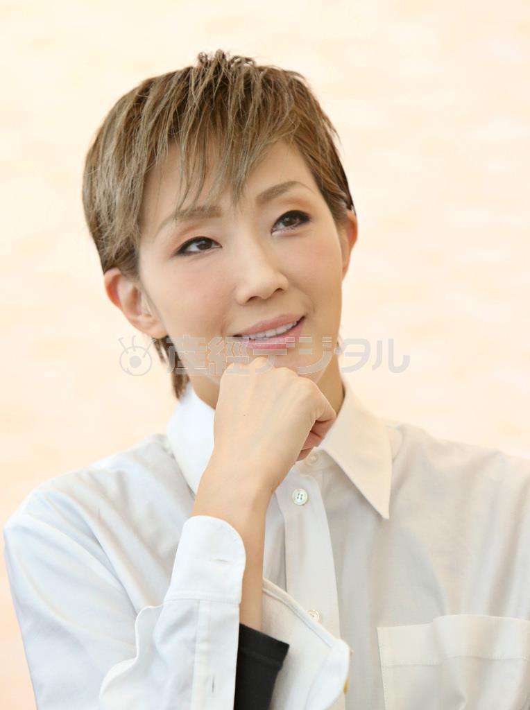 「鎌足」主演の紅ゆずる(前川純一郎撮影)