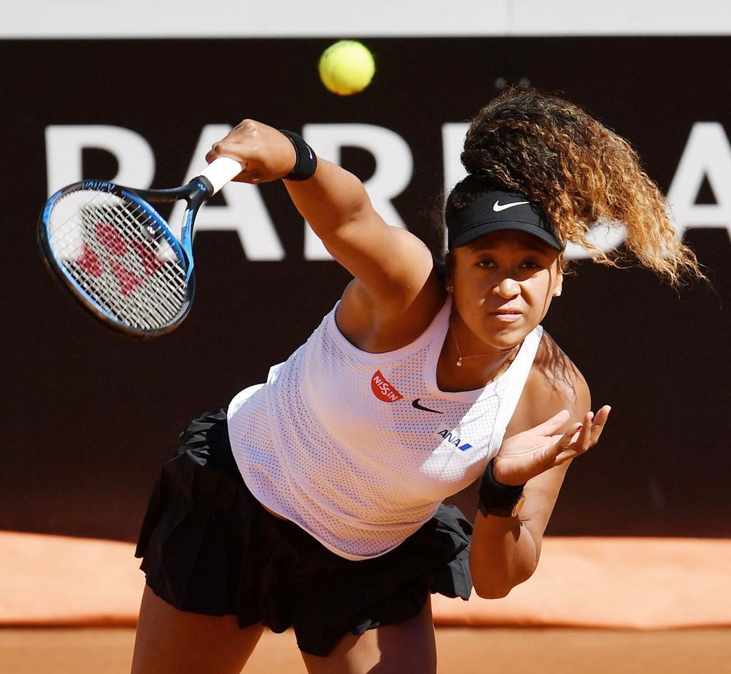 イタリア国際の女子シングルス2回戦でドミニカ・チブルコバに快勝した大坂なおみ=ローマ(共同)