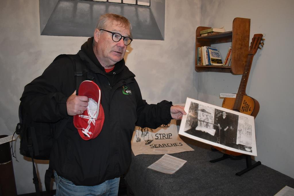 9日、ベルファストで「新IRAにはIRAのような理念がない」と指摘する元IRA民兵のパダー・ウィーランさん(板東和正撮影)