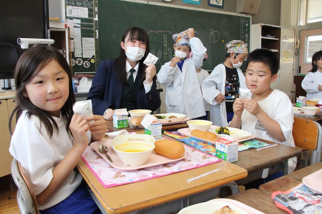 那須拓陽高校が開発した乳酸飲料「拓陽キスミル」が学校給食に=那須塩原市