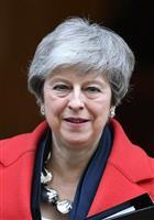 6月に辞任時期提示へ、メイ英首相 ジョンソン前外相が党首選出馬表明