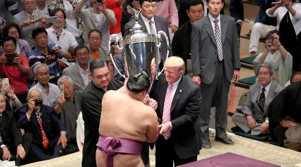 トランプ大統領、朝乃山関に米国...