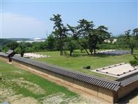 【大人の遠足】国家の威信示す瓦ぶき築地塀 秋田城跡史跡公園