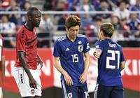 【サッカー日本代表】速報3 大迫勇強烈シュートも相手GKに弾かれる