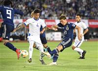 サッカー日本戦・速報(2)ファーストシュートは堂安 立ち上がりは日本が優位に進める