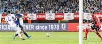 サッカー日本戦・速報(4)永井が2点目 日本、2-0で前半終了