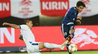 サッカー日本代表、久保建英がデビュー「やれることは示せた」