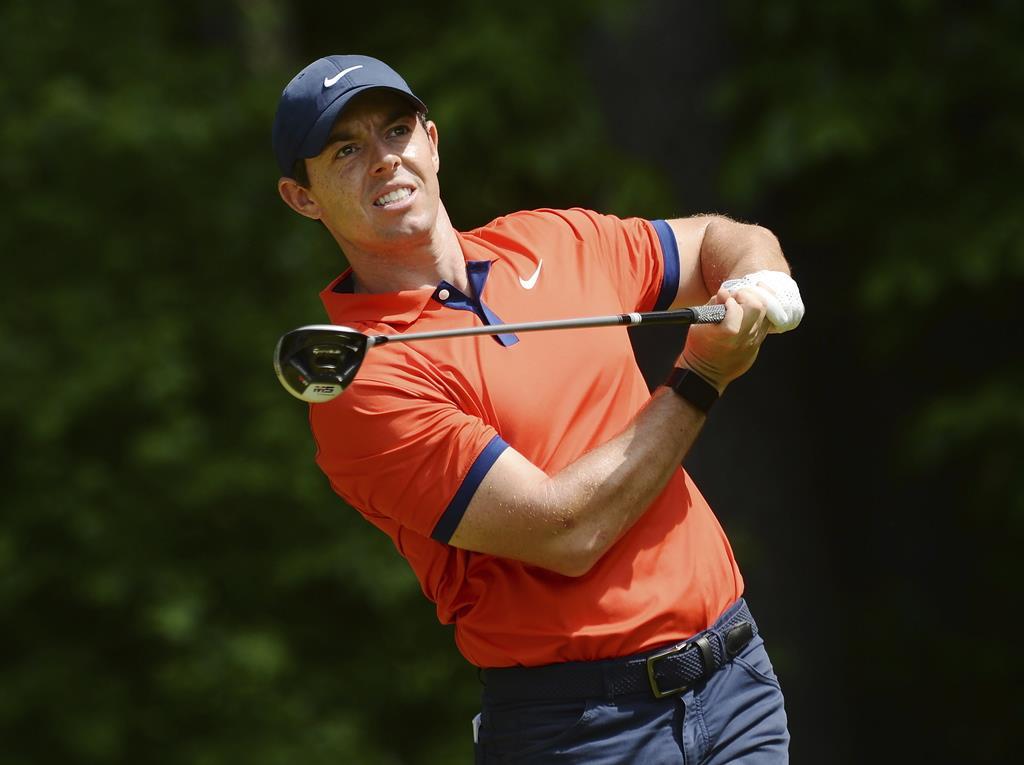 米男子ゴルフのRBCカナダ・オープンで優勝したロリー・マキロイ(英国)=9日、ハミルトン(AP)
