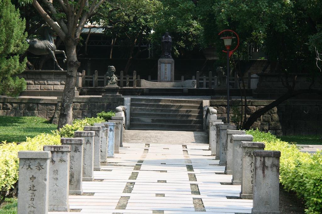 台中市の台中公園にある台中神社跡