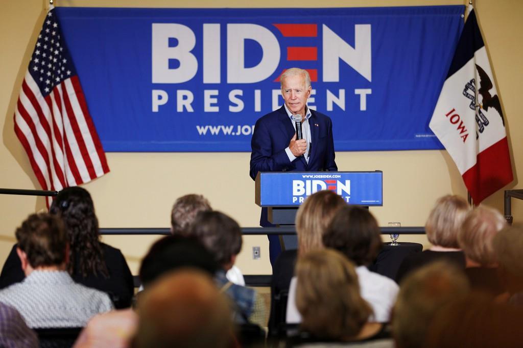 来年の米大統領選を控え、民主党候補指名争いでトップを走るバイデン前福大統領が米アイオワ州で支援者集会を行った=11日(ロイター)