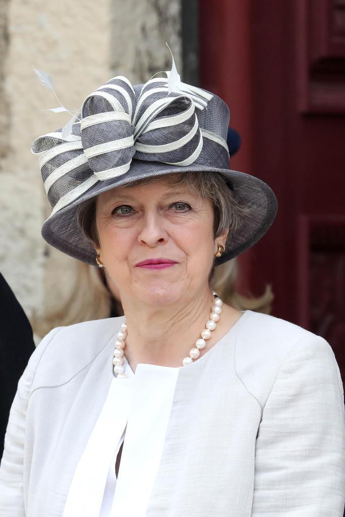 フランス北西部で、ノルマンディー上陸作戦75年の関連式典に出席したメイ英首相=6日(ゲッティ=共同)