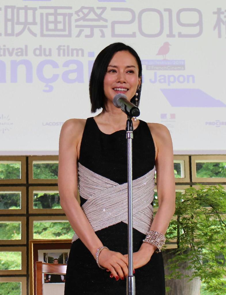 フェスティバル・ミューズを務める女優の中谷美紀=5月28日、フランス大使公邸(水沼啓子撮影)