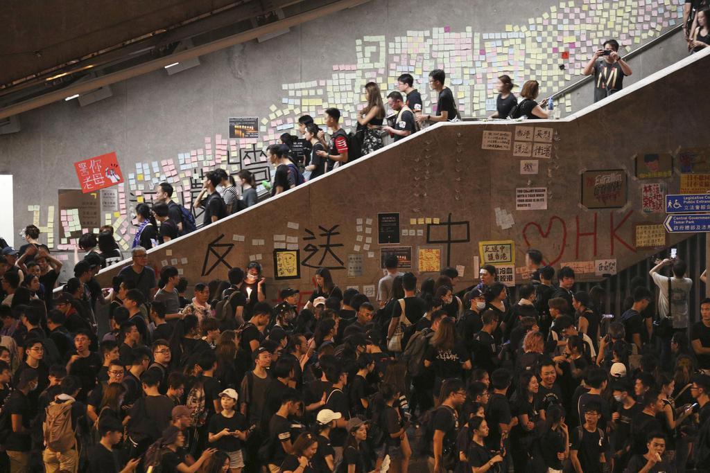 香港デモ再び100万規模