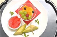 ヒューリック杯棋聖戦 豊島棋聖は定番のフルーツの盛り合わせ、渡辺二冠はショートケーキと…