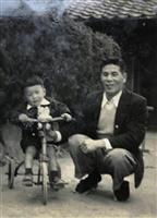 【話の肖像画】作家・江上剛(65)(4)早世の兄姉…無事見送れた両親