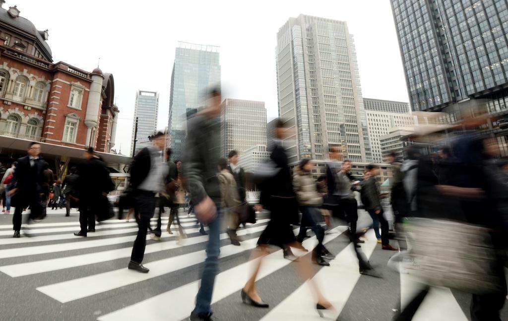 【論壇時評】7月号 70歳定年時代 雇用システム改革急げ 論…