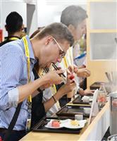 G20会場で大阪・関西の食文化アピール たこ焼き、串カツ、和食…