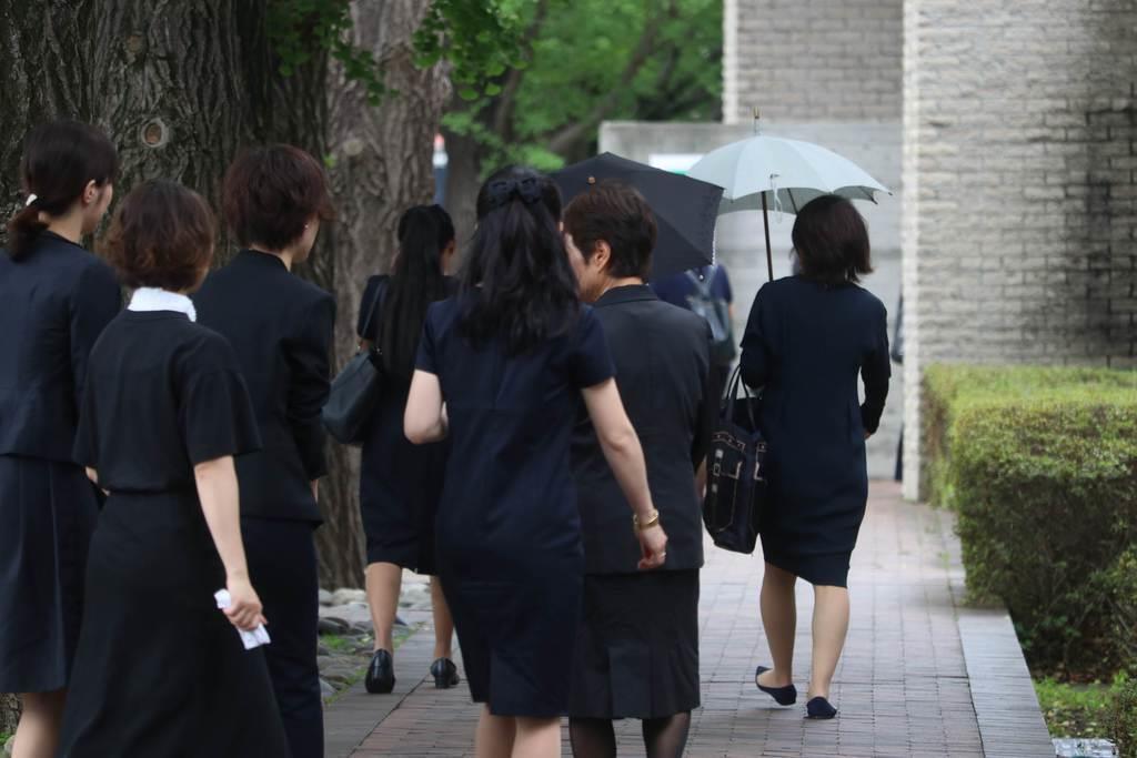 川崎殺傷事件1カ月 カリタス学園で追悼ミサ
