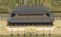 横一列に7基、平城宮跡に最古の旗竿穴 国家儀式で使用