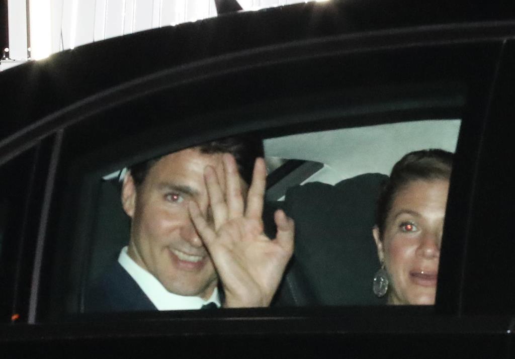 大阪迎賓館を出るカナダのジャスティン・トルドー首相=28日、大阪市中央区(鳥越瑞絵撮影)