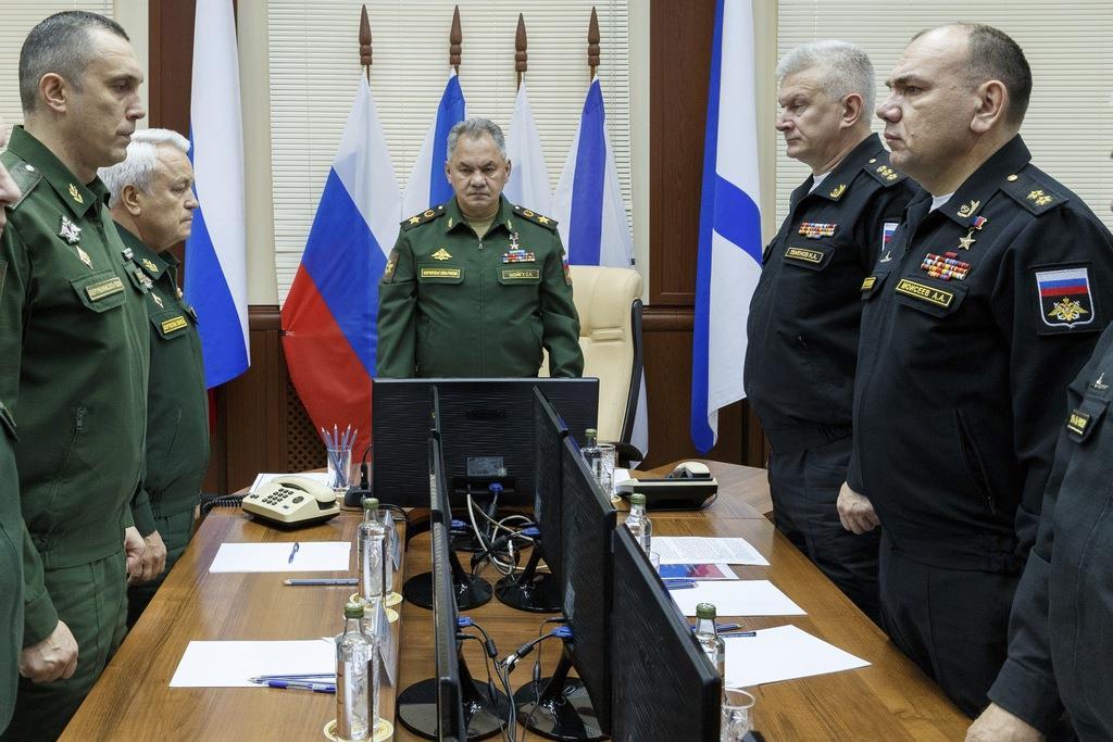 ロシア国防省が、海軍潜水艇における火災を発表した(AP)