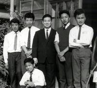 【話の肖像画】チベット難民の医師・西蔵ツワン(67)(8)来日、篤志家との出会い