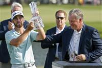 新星ウルフ「まさか」 プロ3戦目でV 米男子ゴルフ