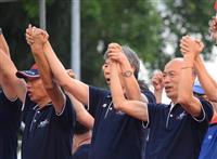 台湾野党、総統選予備選で世論調査へ 上位2人接戦