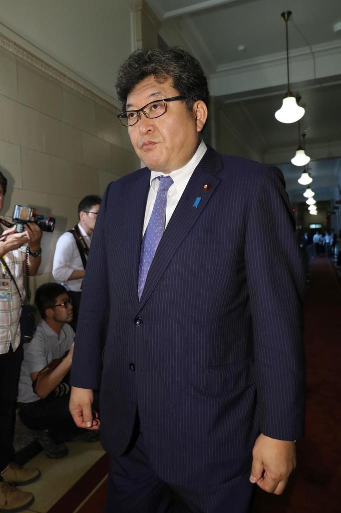 自民党・萩生田光一幹事長代行=6月24日午後、国会内(春名中撮影)