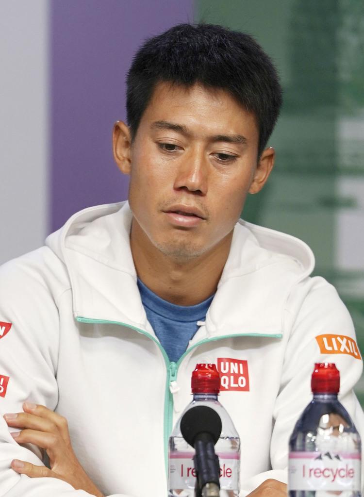 男子シングルス準々決勝を終え、記者会見する錦織圭=ウィンブルドン(共同)
