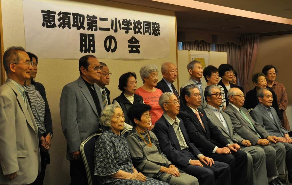 高齢化で最後となった樺太・恵須取第二小の同窓会=12日午後、札幌市中央区(寺田理恵撮影)