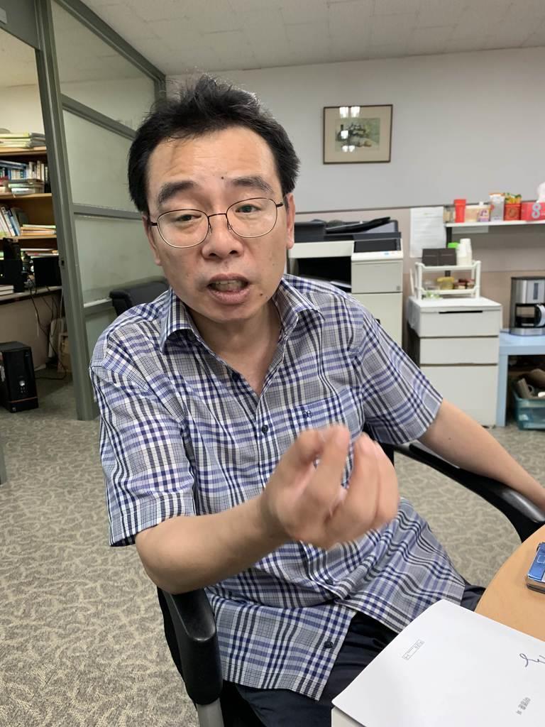 韓国・落星台経済研究所の李宇衍氏(名村隆寛撮影)
