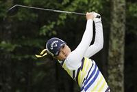 岡山と河本が首位 女子ゴルフ第3日