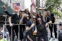 P&Gが米女子代表に寄付 5700万円、格差解消を