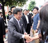 立民・枝野代表、大分で演説 「消えた年金」再来狙う