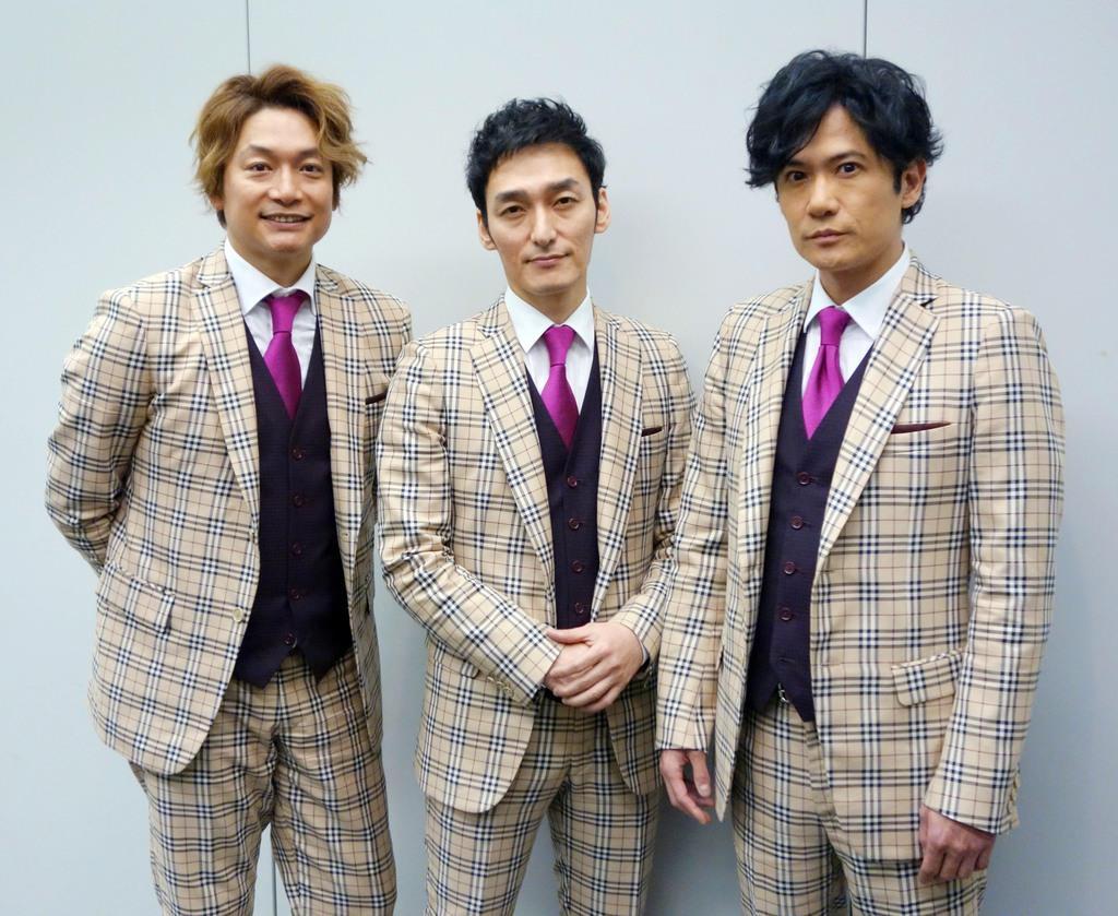 (左から)元SMAPの香取慎吾さん、草なぎ剛さん、稲垣吾郎さん