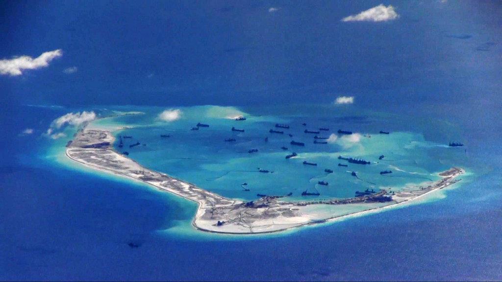 南シナ海で中国軍ミサイル発射 米は早急に抑止 …
