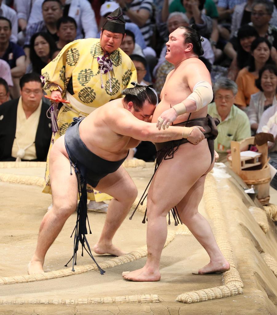 鶴竜、白鵬破り6度目優勝 大相撲...
