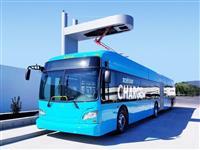 クリーンなはずの「電気バス」は、なぜ世界を席巻しないのか? その理由を考える