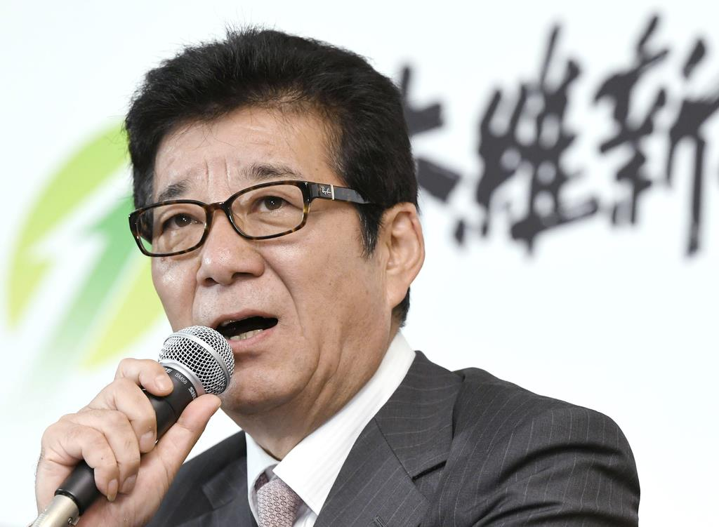 参院選比例で共産党を上回った日本維新の会の松井代表=21日午後9時25分、大阪市内のホテル