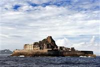 軍艦島の観光禁止 台風で施設損壊