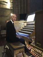 福岡から大聖堂復興の音色 オルガン奏者池田さん、来月演奏会