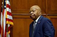 トランプ氏、黒人下院委員長を激烈攻撃 人種問題再燃も