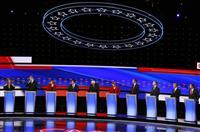 急進左派と穏健派の溝鮮明 米民主党の第2回候補者討論会