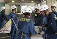 停電で駅間停車の京成電鉄 15人が体調不良、9人搬送 運転再開