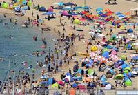 【関西の夏】(7)清く正しく美しく 再生した須磨海水浴場