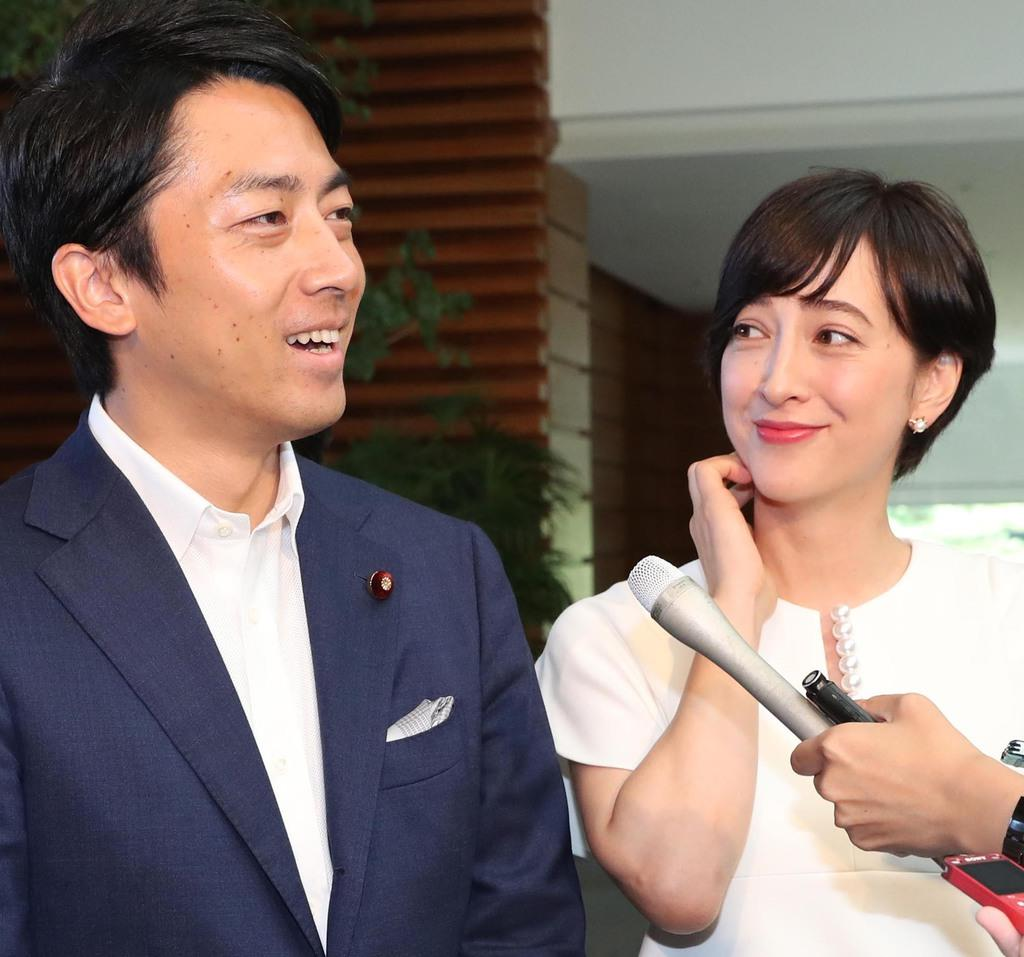 政治家の「タレント妻」過去にも 「小泉首相」なら鳩山幸氏以来…